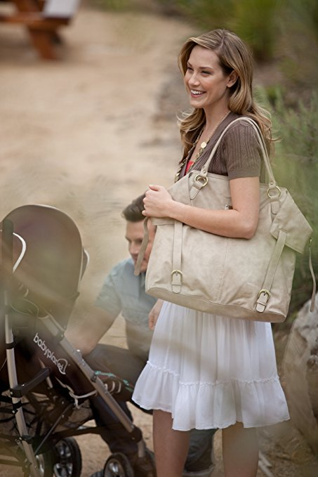Why a Well Designed Diaper Bag is Worth Considering